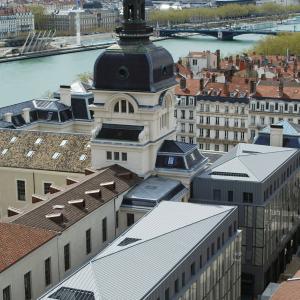 Grand Hôtel-Dieu, côté Bellecordière © Vincent Ramet